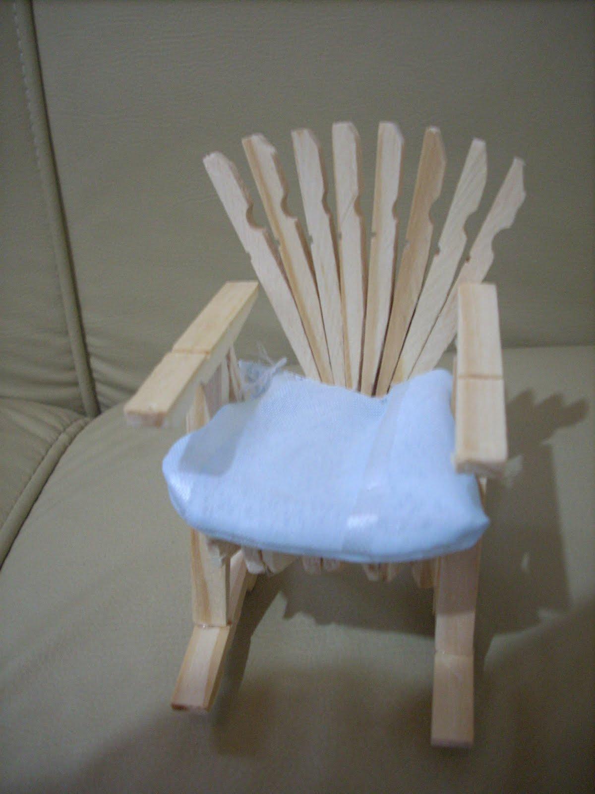 MB Artesanato: Cadeira feita de prendedor de roupas #2857A3 1200x1600