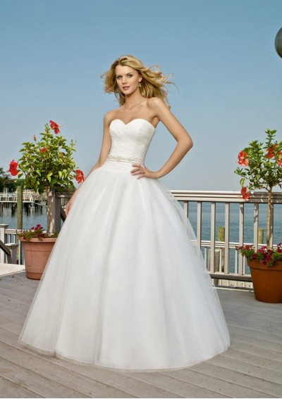 Wedding Gown on Gorgeous Wedding Dress  Gorgeous Strapless Tulle Wedding Dress