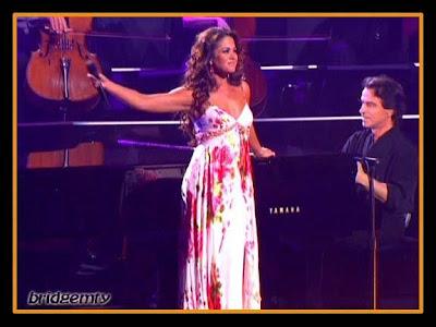Imágenes de LUCERO y YANNI de el concierto en ACAPULCO.e