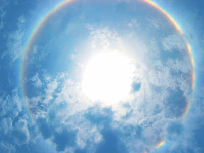 Solar halo in Costa Rica Rainbow
