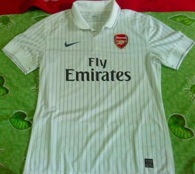 http://3.bp.blogspot.com/_pEzgSZ0fdeQ/Sh71Ix7vWRI/AAAAAAAABPY/RHp9nLtq4S4/s400/Arsenal+Euro.png