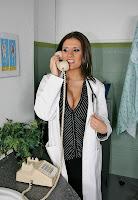Nathalie Rapti Gomez