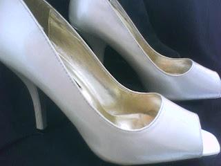 Ropa para ti zapatos de tacon crema tornasol - Zapateria para ti ...