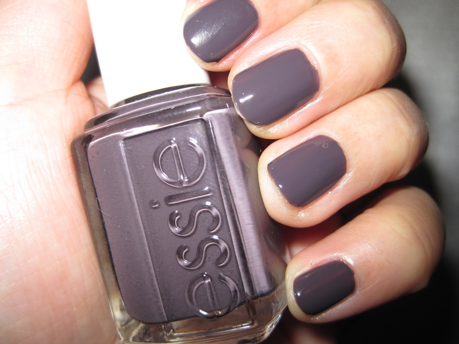 Black Nail Polish Essie Smokin Hot Essie Nail Polish