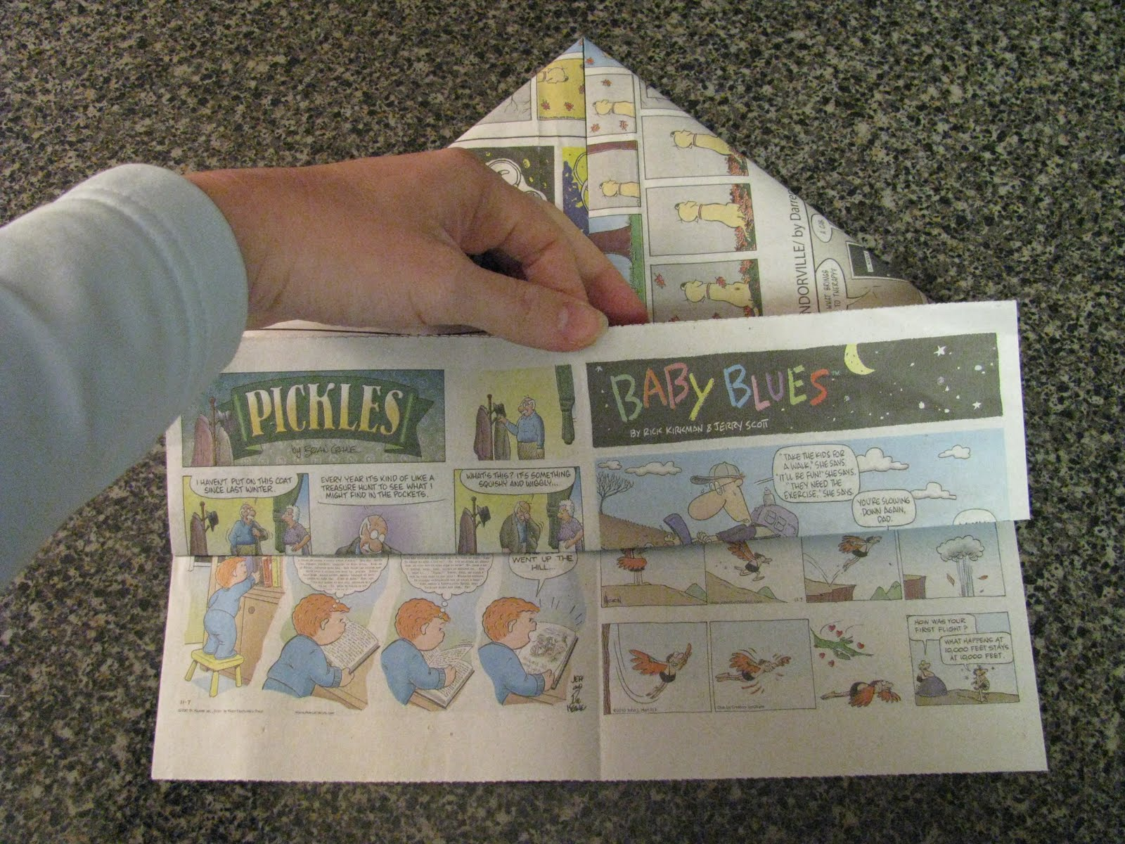 how to make an old newspaper