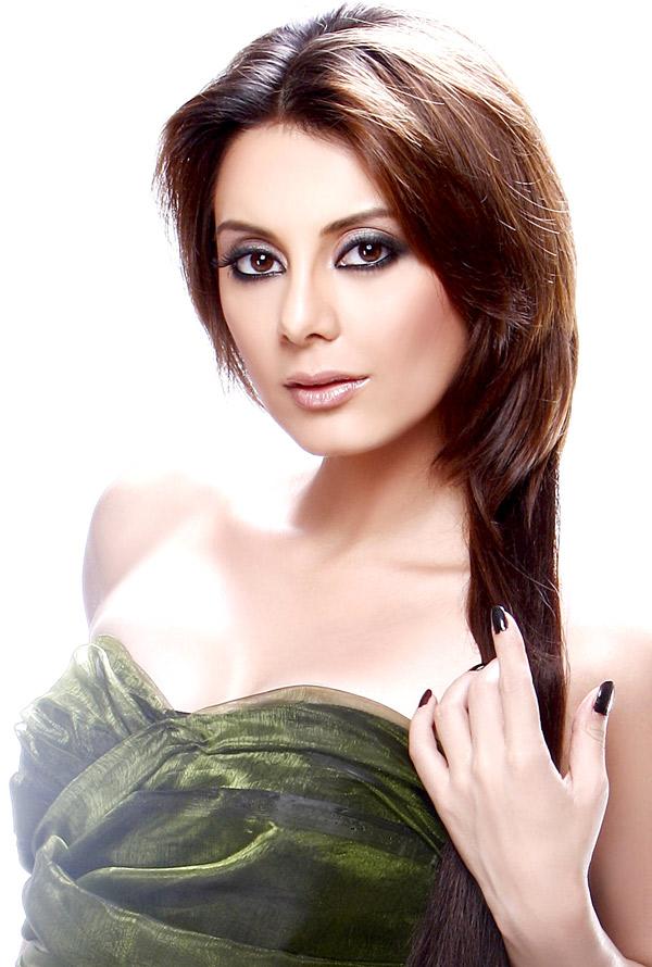 Manisha Lamba - Picture Hot