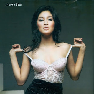 Sandra Dewi Sexy On FHMid=