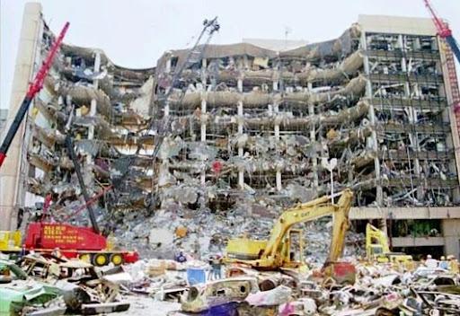 http://3.bp.blogspot.com/_pMHDekA6kF0/S_H1-BWCJXI/AAAAAAAABhY/mBpo9r1OG3Y/atentado_de_oklahoma.jpg