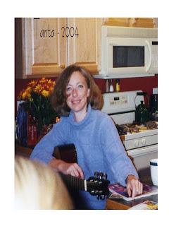 Tanta Plays Guitar 2004