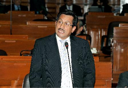 Ex ministro fernando barrios acudir hoy al congreso por for Ex ministro del interior