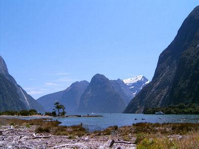 Fiord Milford Sound w Nowej Zelandii