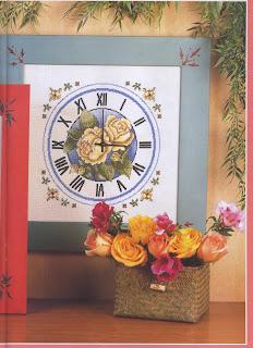 схема вышивки крестом часов с чайными розами