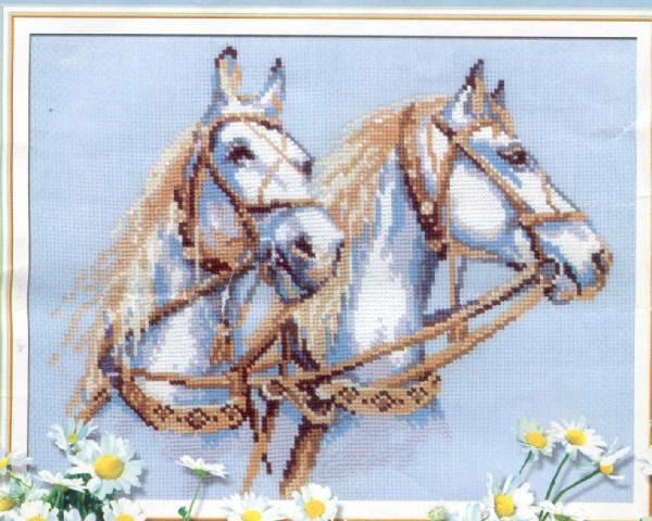 Схемы и наборы для вышивки крестиком картин можно купить на нашем сайте: Категория Картины известных художников...