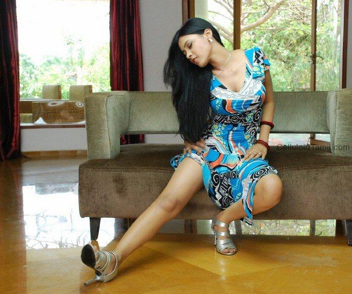KARINA SHAH MODEL