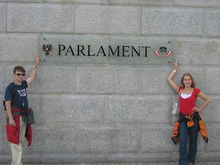 To my przed austriackim parlementem