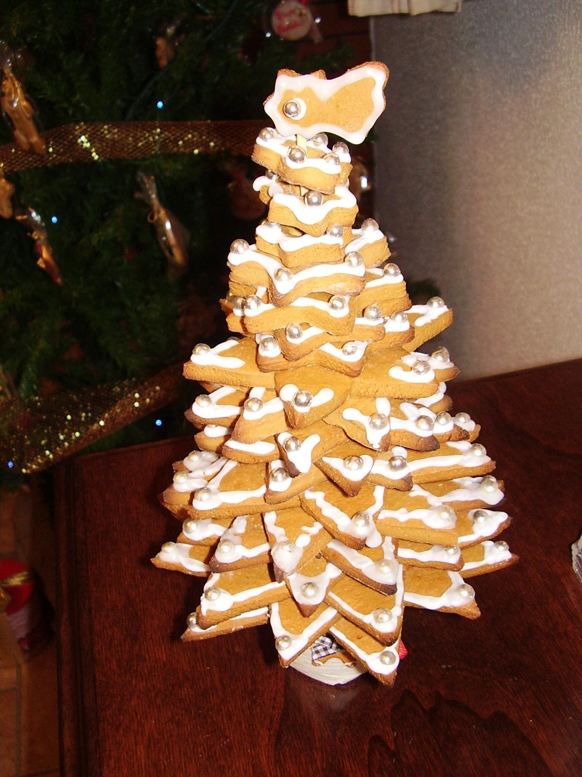 Biscotti Classici Di Natale.Albero Di Biscotti Sale E Pepe Quanto Basta