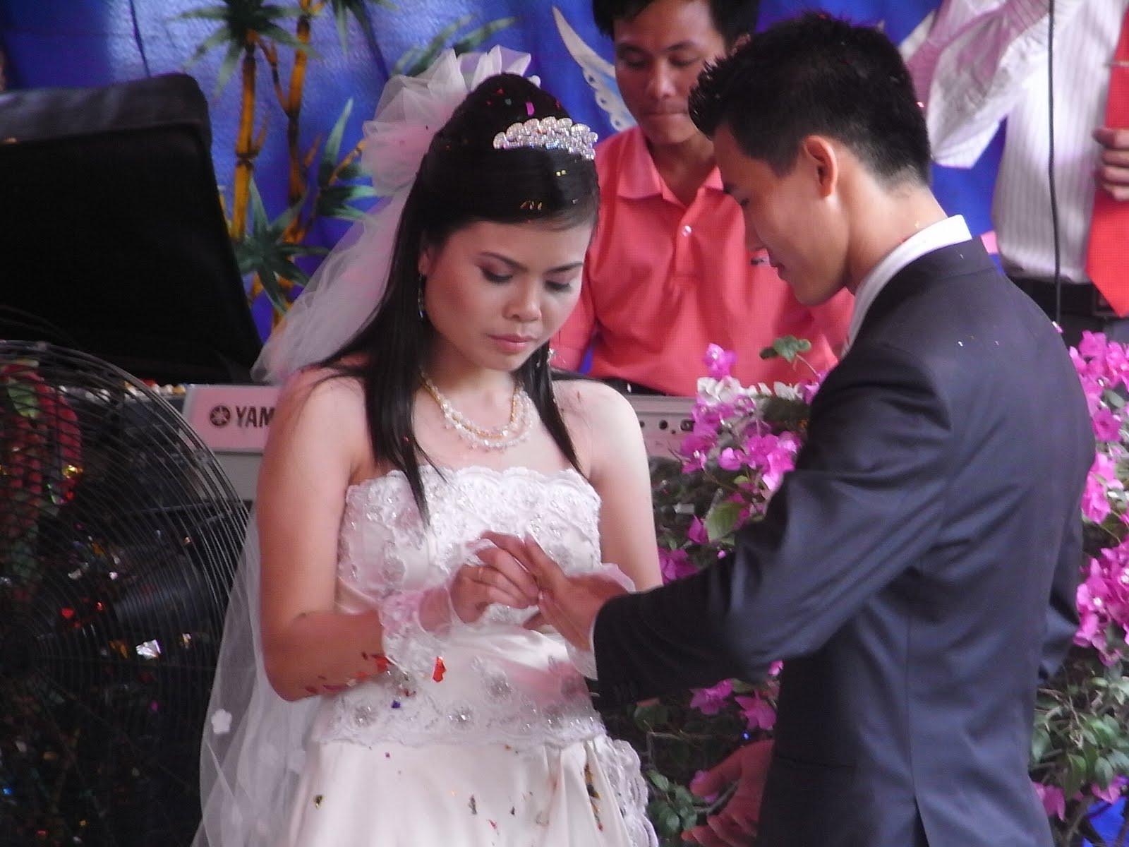 Kerstin\'s Blog: My first Vietnamese Wedding in Haiphong