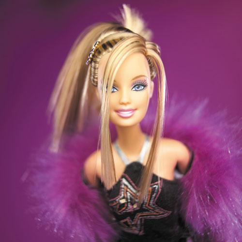 http://3.bp.blogspot.com/_pVEteG4tRDI/TJ6-Itq3lEI/AAAAAAAAABs/OoXMW1xY07E/s1600/barbie.jpg