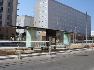 primera marquesina del maldito tranvía de Zaragoza