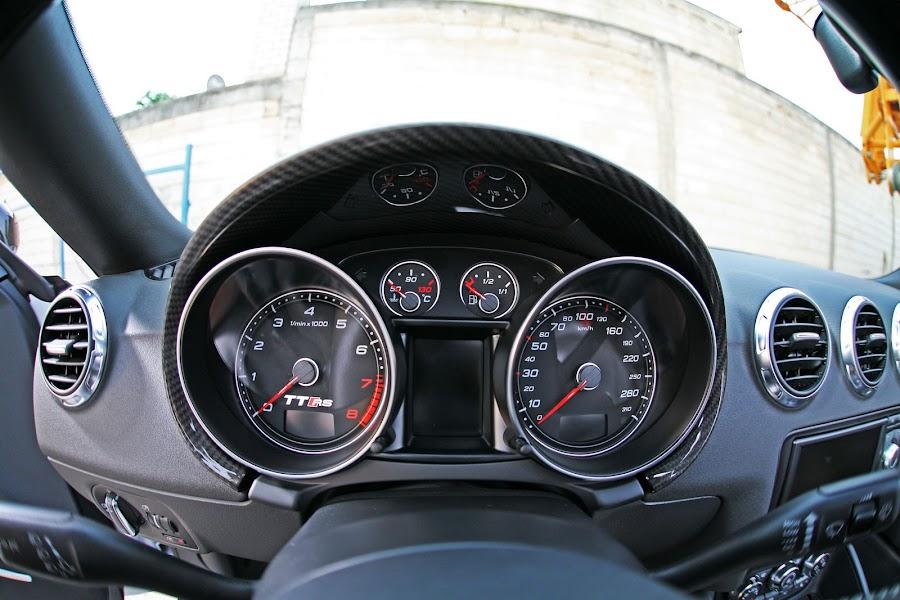 Audi TT RS Roadster Indicator Gauge