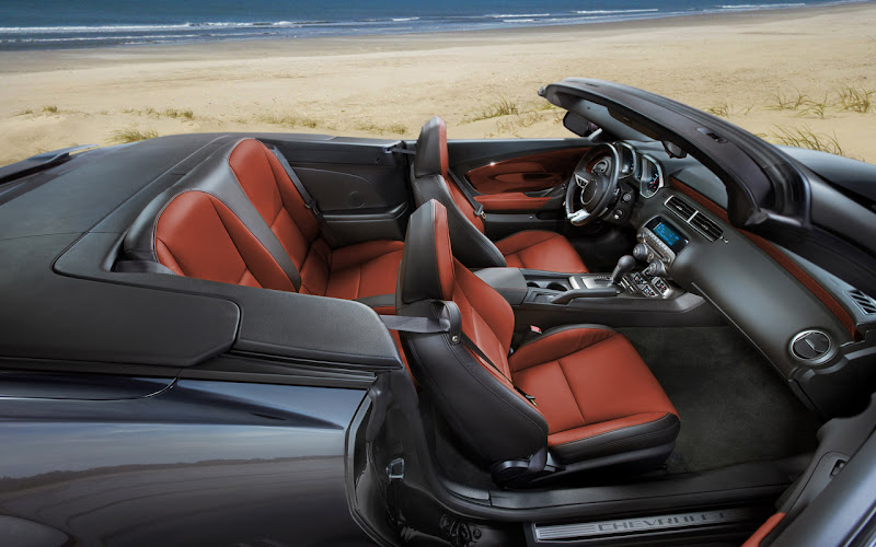2011 Chevrolet Camaro Convertible Interior