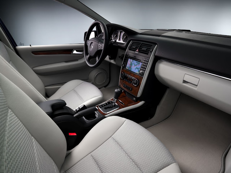 Mercedes-Benz B-Class Interior Design