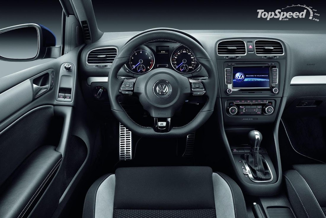 2010 Volkswagen Golf R Interior