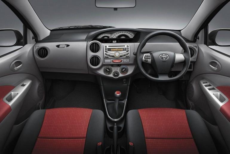 2011 Toyota Etios Dashboard