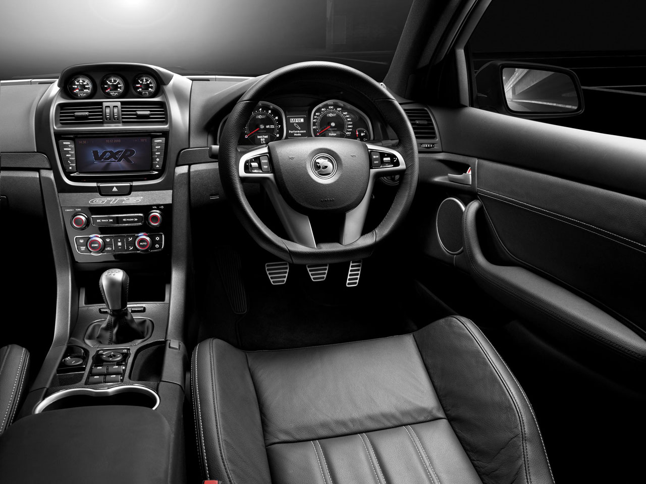 2011 Vauxhall VXR8 Car Design