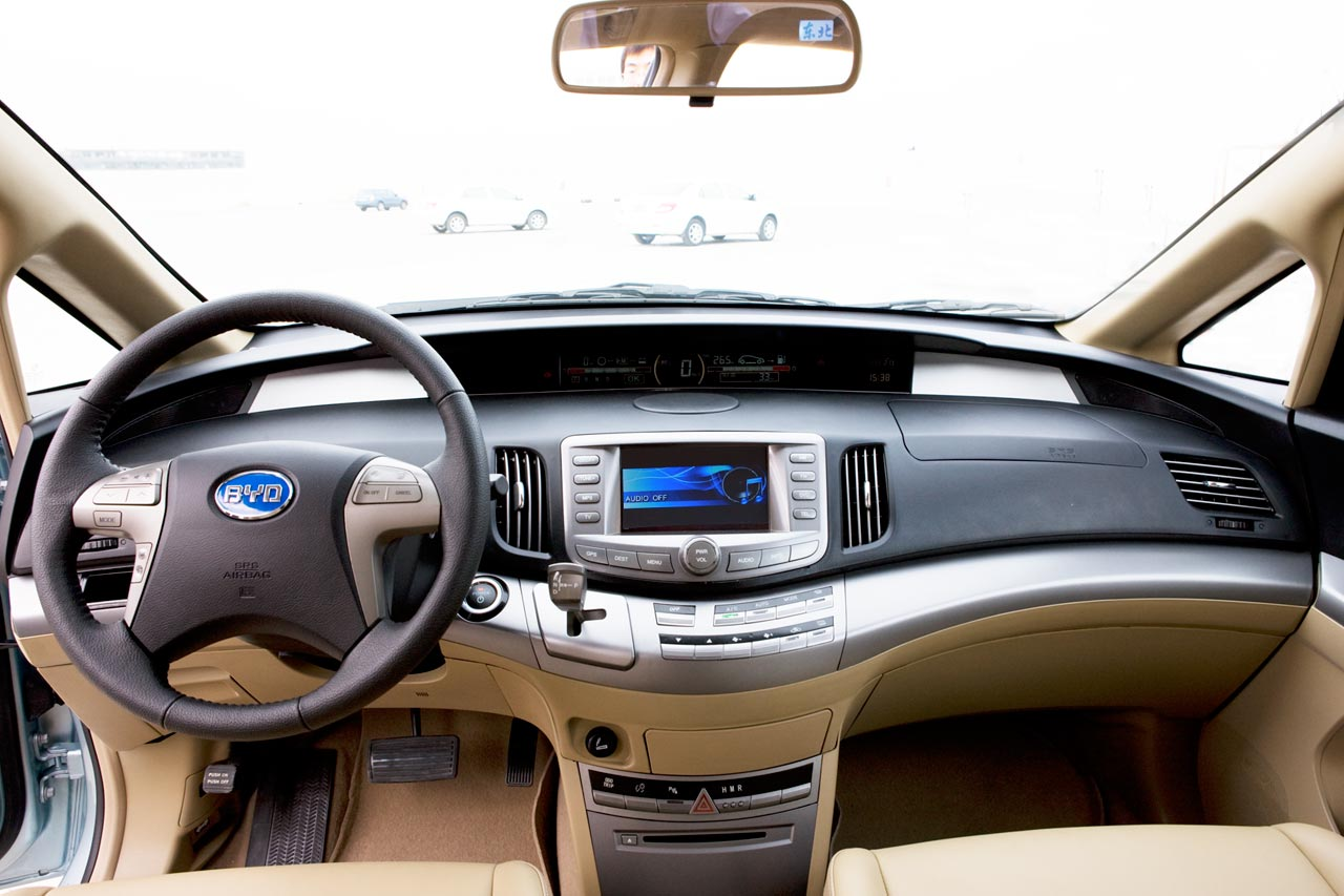 Hybrid Car BYD e6 electric MPV HD Wallpaper
