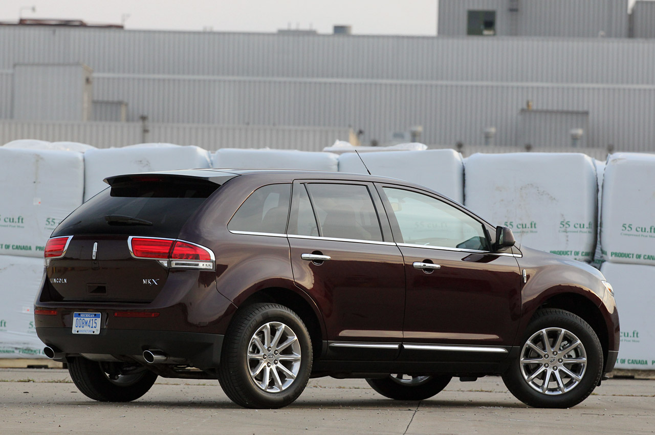 2011 Lincoln MKX HD Wallpaper