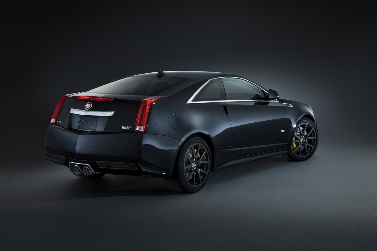 CADILLAC CTS-V BLACK DIAMOND EDITION WALLPAPER
