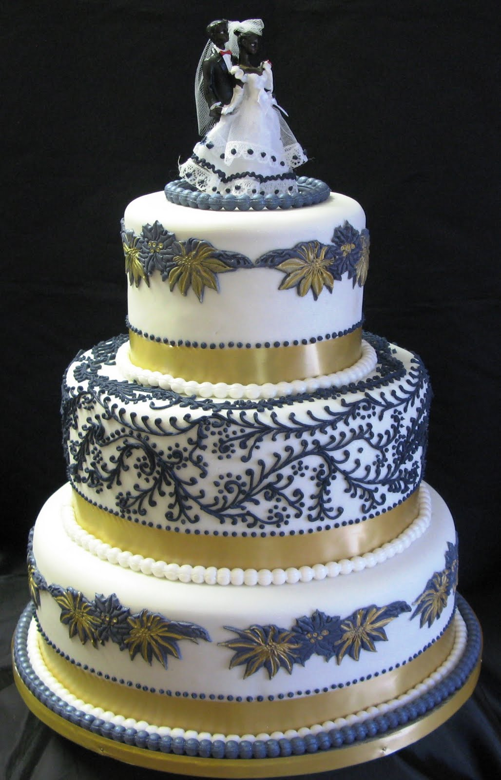Sugarcraft by Soni Floral Three Tier Wedding Cake & Park