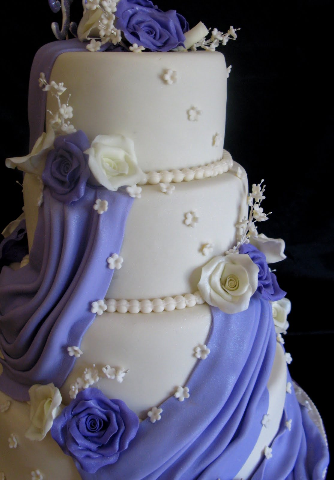 Rivista Cake Design Wedding : Sugarcraft by Soni: Three - Tier Wedding Cake - Roses & Drapes