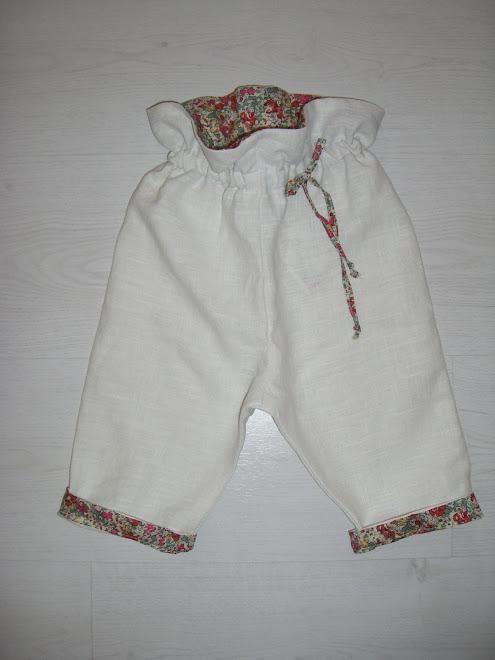 pantalon taille haute et élastique
