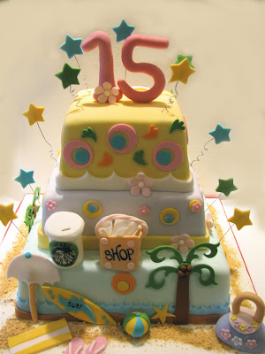 Justine S 15th Birthday Cake The Couture Cakery