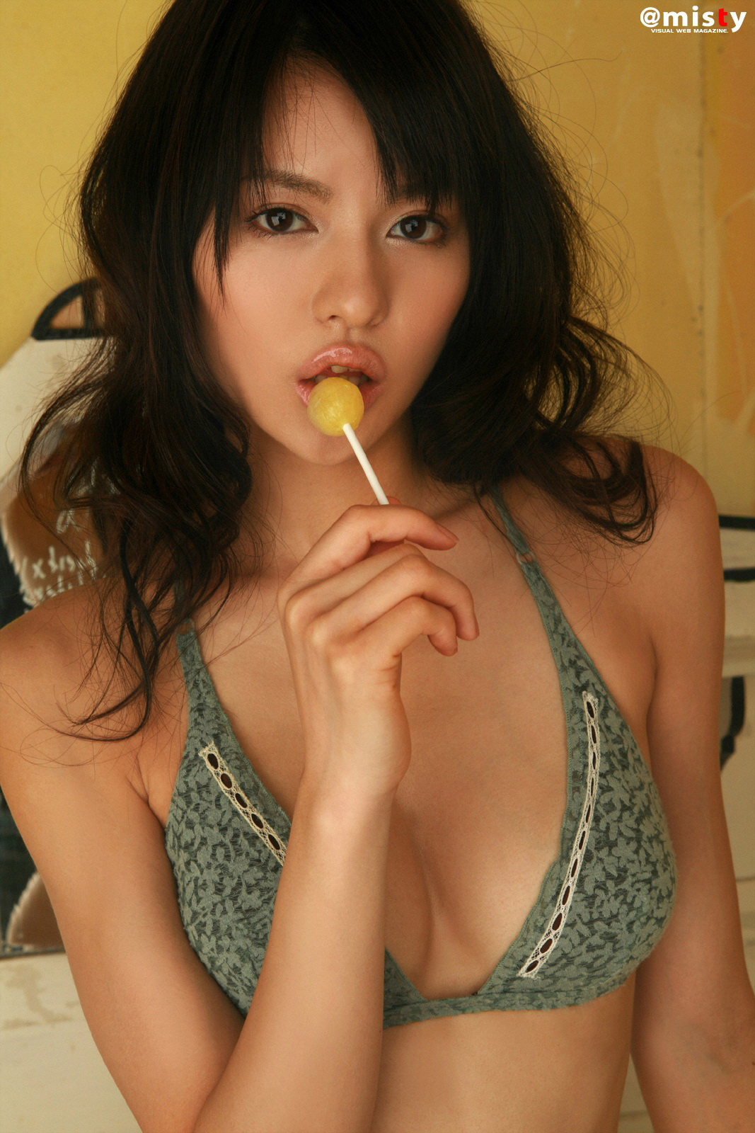 Yuriko Shiratori - Photo Set