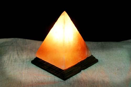 Salt Crystal Lamps Research : MAALGA DALE SDN.BHD