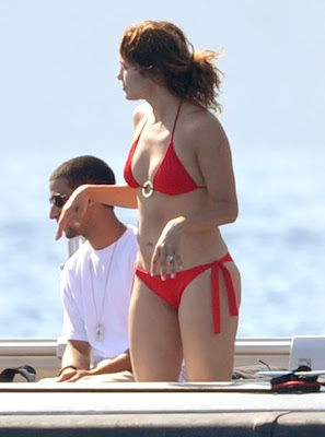 Jennifer Lopez Swimsuit on Bikini Hollywood Blog  Jennifer Lopez Pictures In A Red Bikini  Bikini