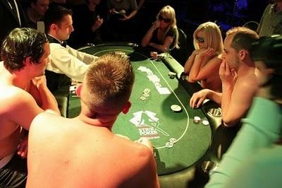 strippoker8 Bermain Pokerking Dan Gambling Online Sekarang Lebih Mudah Dengan Banyaknya Agen Poker Online