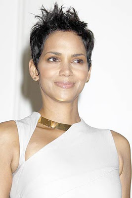 Halle Berry 2010 Silver Rose Gala & Auction
