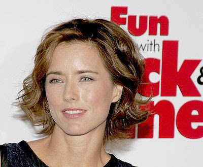 Tea Leoni Fun with Dick and Jane