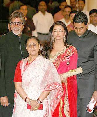 Aishwarya Rai Bachchan and Akshay Kumar Padma Shri Awards Pics