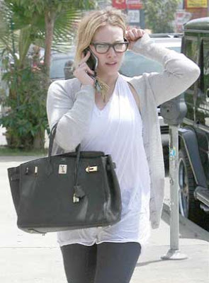 Hilary Duff Dressing Pics