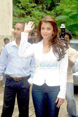 Aishwarya Rai Beautiful Beginnings Photos