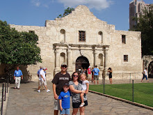 Schreiner Family @ The Alamo 2009