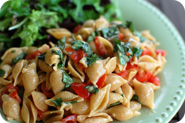 Pasta with Tomato, Basil, and Brie