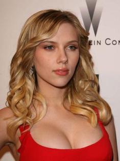 Scarlett Johansson - Cantora e Atriz