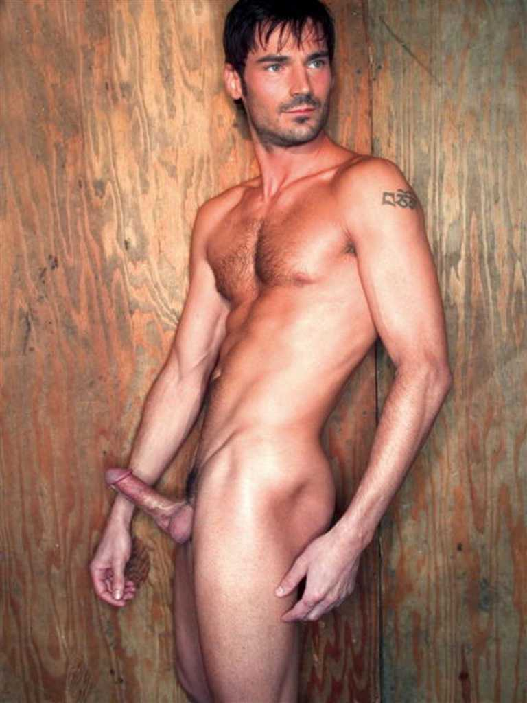 from Leonardo dicorso gay luca