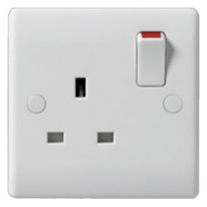 The BG Nexus 1 gang 13A single Pole switched socket - Nexus White Moulded 821
